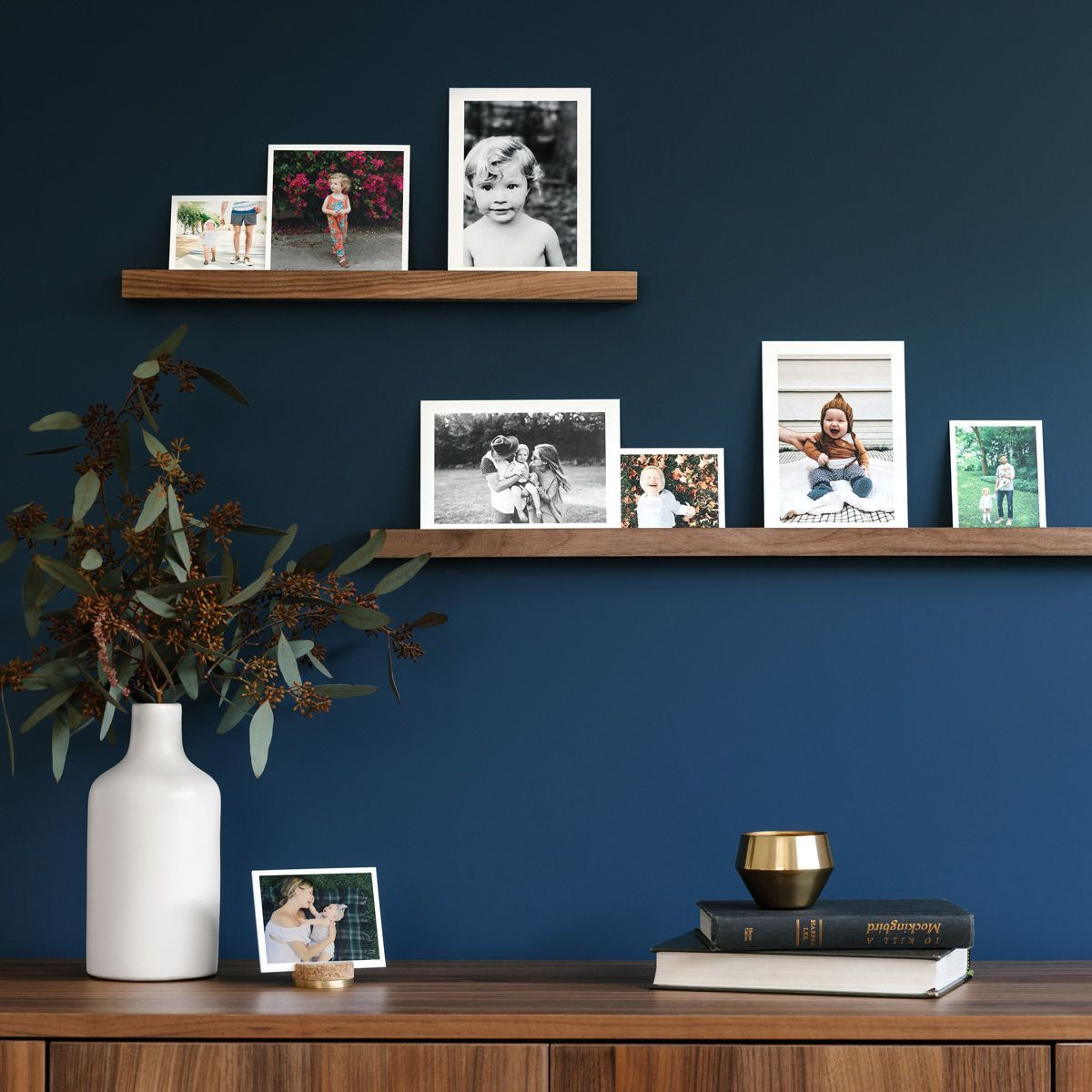 A classic display for photo prints and cards the wooden