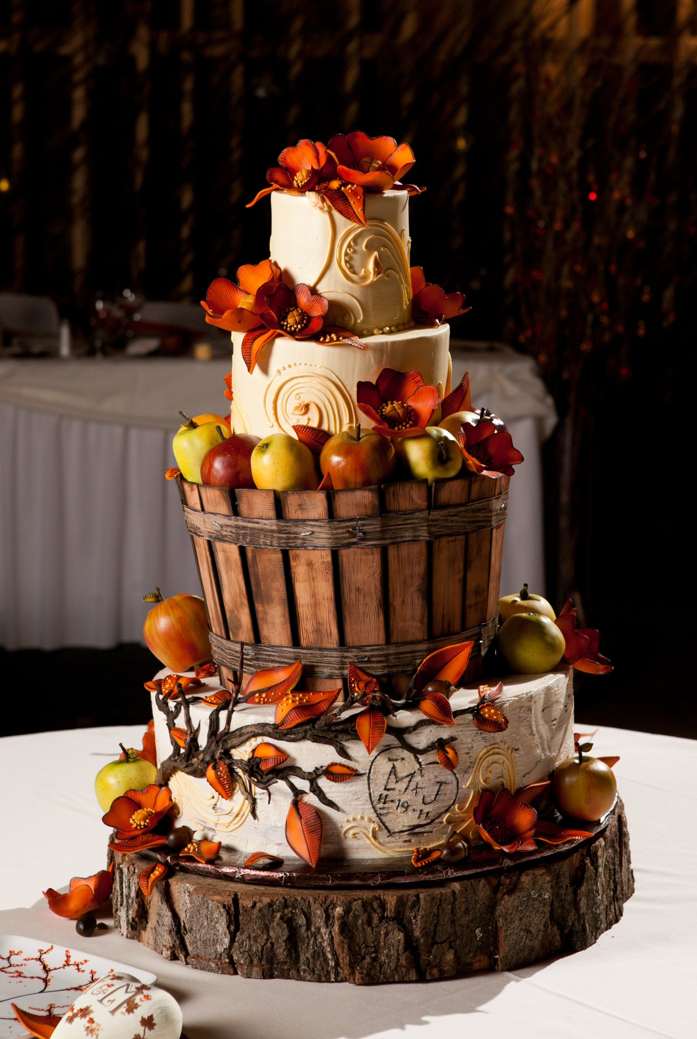 fall wedding cake designs wedding cakes by designer desserts www 14159