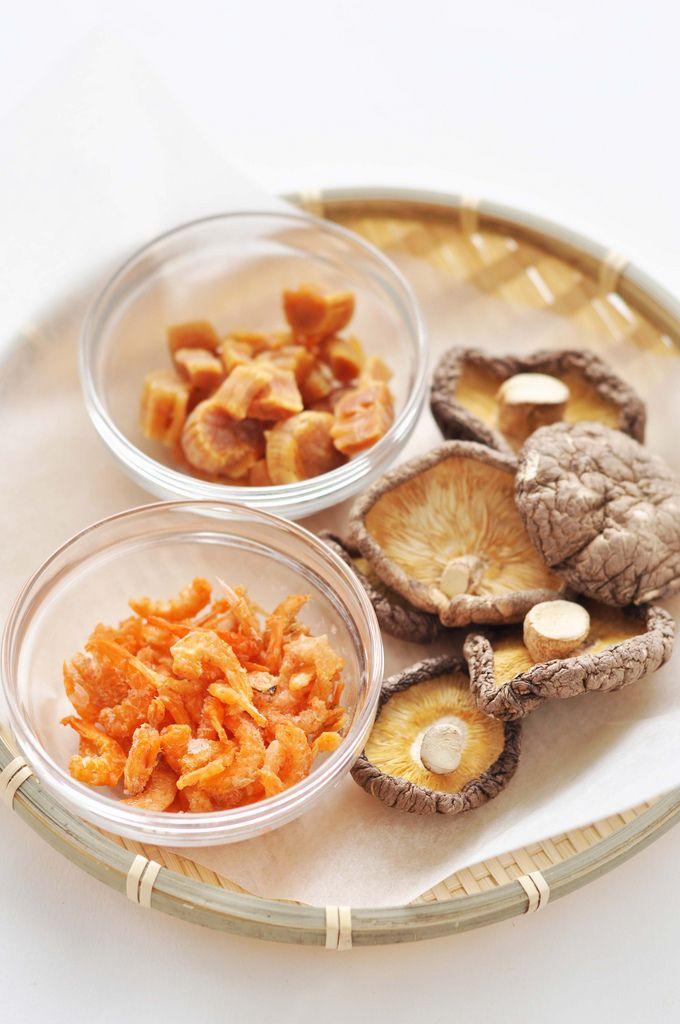 dried ingredients - scallop, shiitake mushroom, and shrimp
