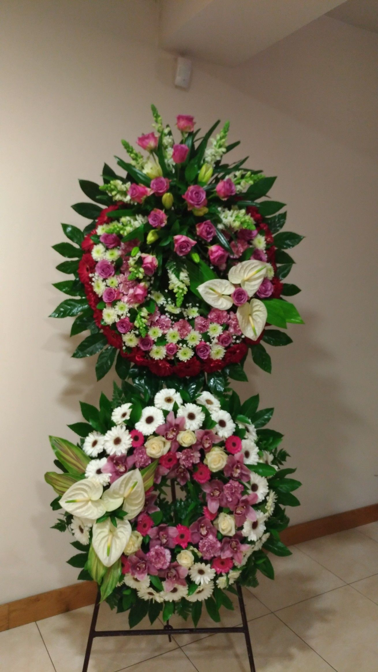 Use For Photo Wreaths Photo Crafts Pinterest Funeral Funeral