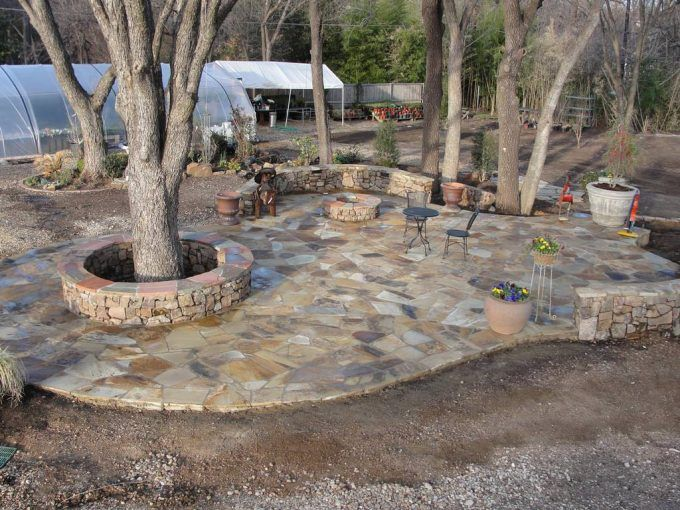 how to choosing flagstone patio with trees and lands plus mini garden also curved roof for - Patio Stone Ideas With Pictures