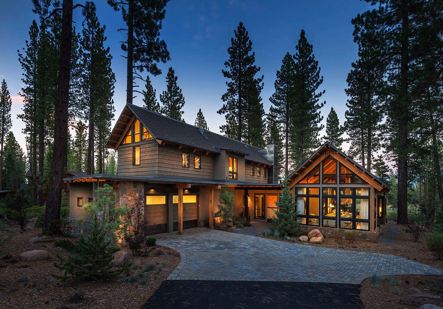 Rustic Mountain House With Modern Twist In Truckee