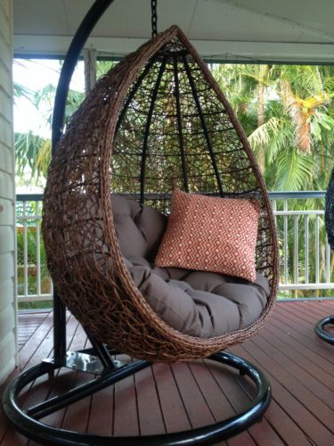 Stunning Hanging Egg Chairs in a variety of colours ...