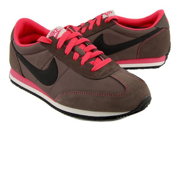 Nike Oceania Kadin Spor Ayakkabi Klasik Tarzi Ve Esnekligiyle Sana Gun Boyu Ihtiyacin Olan Rahatligi Saglayacak Nike Cortez Sneaker Sneakers Nike Nike