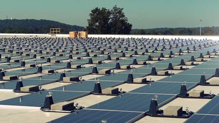 Regenen Solar Install On Vimeo Solar Solar Panels Best Solar Panels