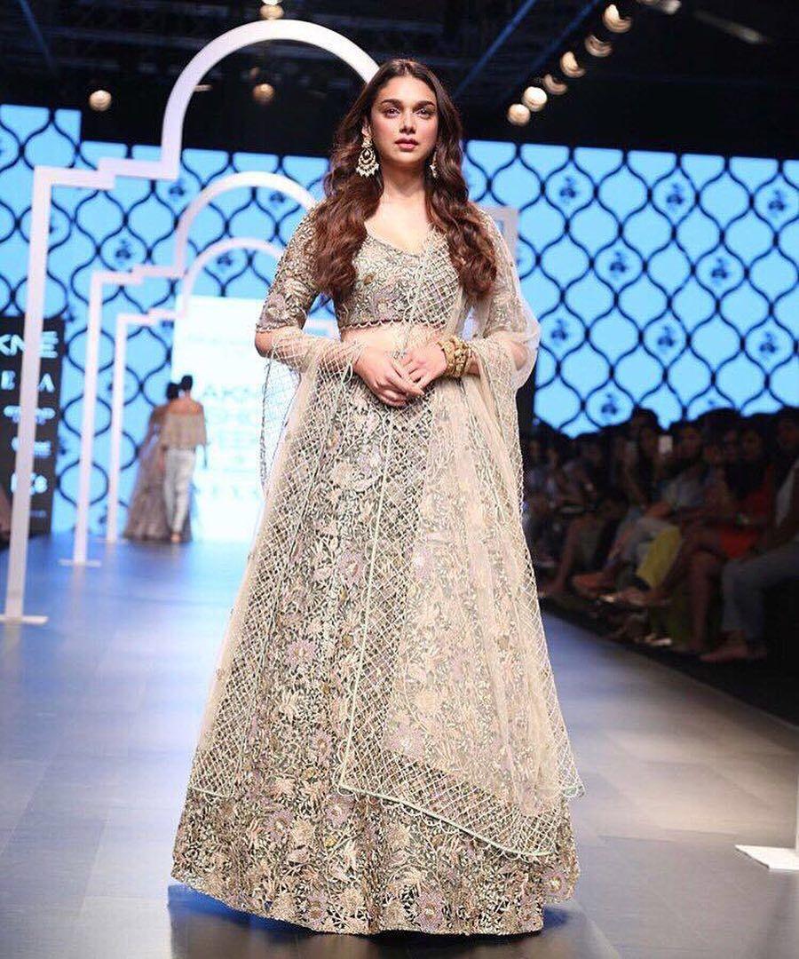 9679e17ea3 Aditi Rao Hydari, Lakme Fashion Week Summer Resort 2018, Lakme Fashion  Week, Bridal Lehenga, Bollywood Fashion, Payal Singhal