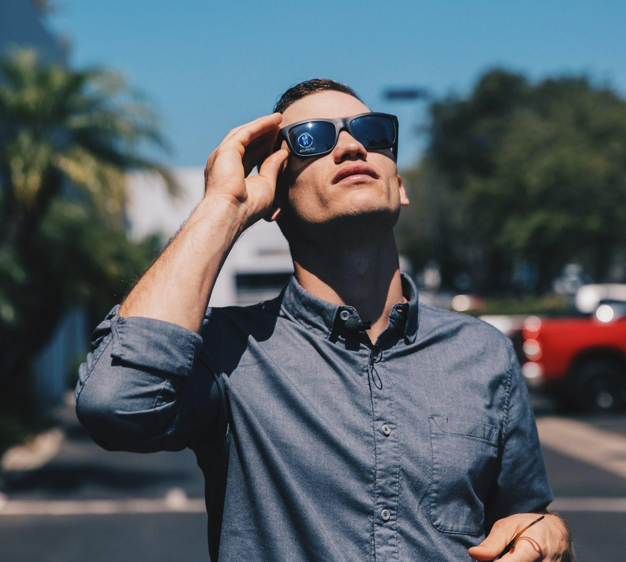 Mlb Player Kelby Tomlinson Of The San Fransisco Giants Wears Nike Fleet Rx Sunglasses Free Sunglasses Prescription Sunglasses
