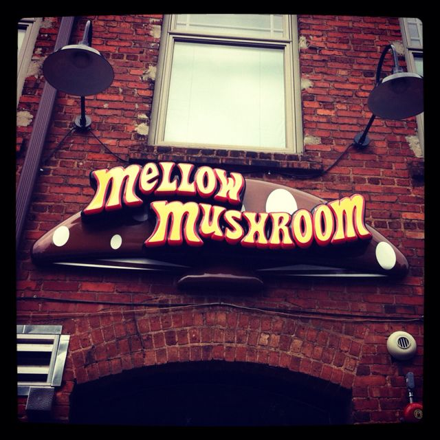 Mellow Mushroom has the most delicious pizza I've had in a ...