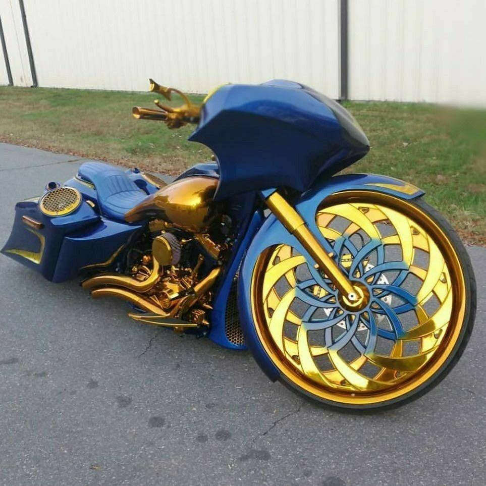 That S Different Custom Street Bikes Super Cars Super Bikes