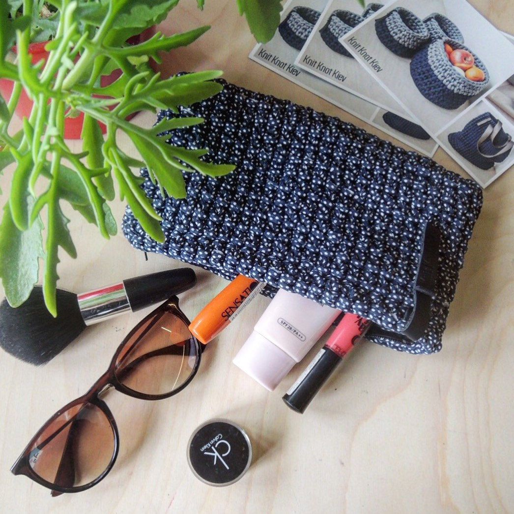 Navy Chunky Yarn Makeup Pouch Bag/ Crochet Makeup Bag/ Pencil Zipper ...