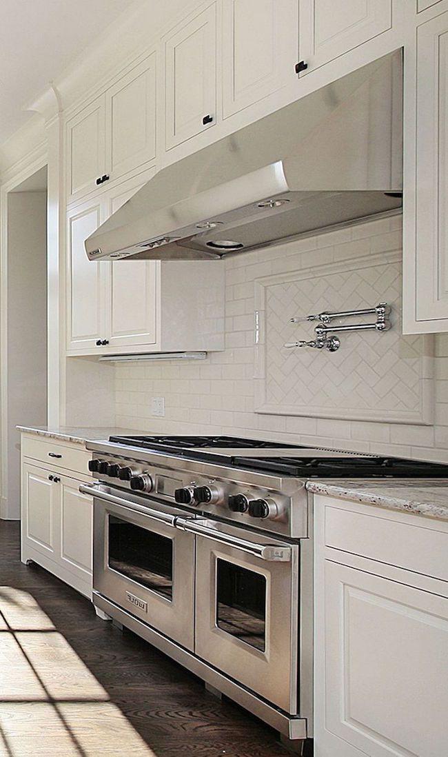 Elegant Get Better Kitchen Decor with Awesome White Kitchen Designs