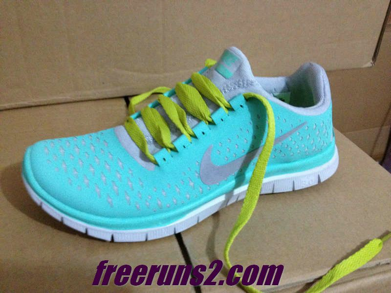 huge selection of d0421 c9835 Mens Nike Free 3.0 V4 Tropical Twist Reflective Silver Pro Platinum  YellowGreen Lace Tropical Twist New