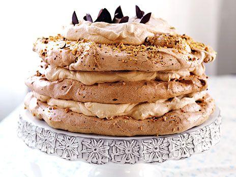 marängtårta med chokladmousse