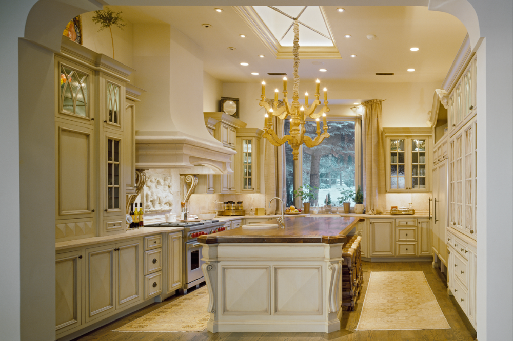 Kitchen Cabinets In Traditional White Style By Jay Rambo Company In Tulsa Kitchen Traditional Kitchen Kitchen Design