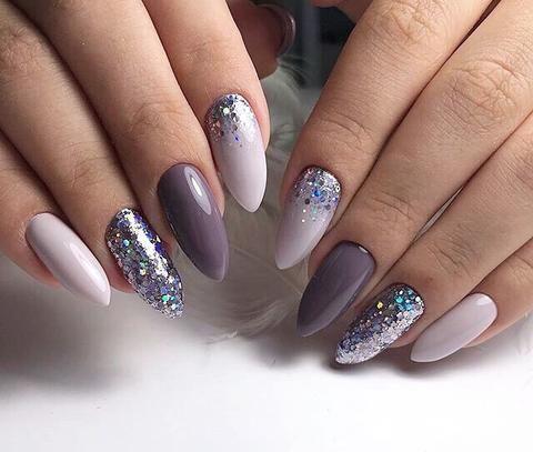 New Lovely Nail Art Designs To Look Beautiful On Party Styles Beat Bridal Nail Art Bridal Nails Nail Art Wedding