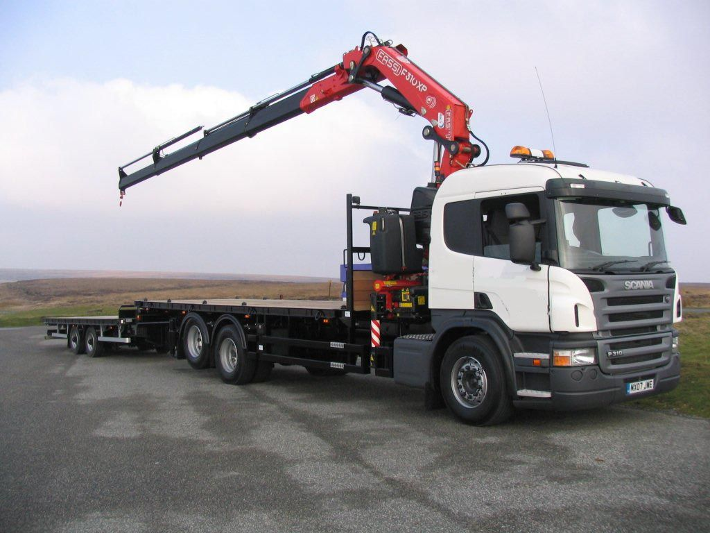 SCANIA PLATAFORMA Macs Truck Sales Ltd Tow truck