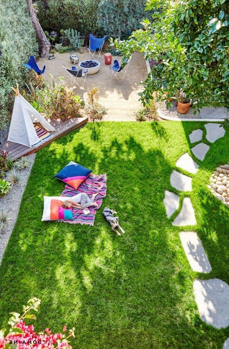 30 Kleine Garten Landschaftsbau Ideen Mit Kleinem Budget Schones Layout Grosser Garten Raised Garden Beds Diy Small Backyard Landscaping Backyard Playground