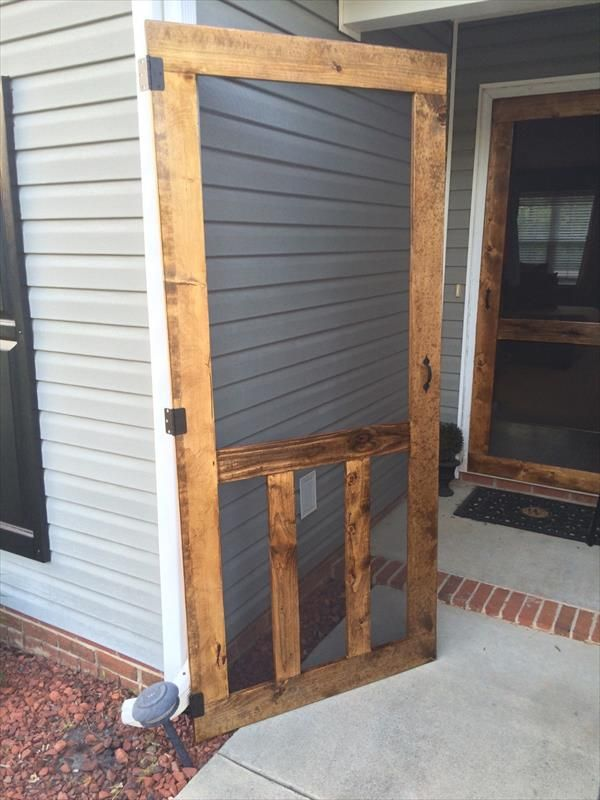 Charming You Can Also Build This DIY Pallet Wooden Door With Inside Glass Mesh Or  Can Also Fill It With Wooden Boards! It Has Been Hinged And Can Circulate  Around A