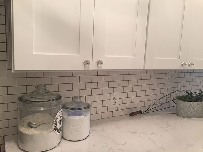 Ice White Shaker Cabinets By Kitchen Cabinet Kings Note The Crown Molding  Added To Top Of Cabinet. | Kitchen Remodel Ideas | Pinterest | White Shaker  ...