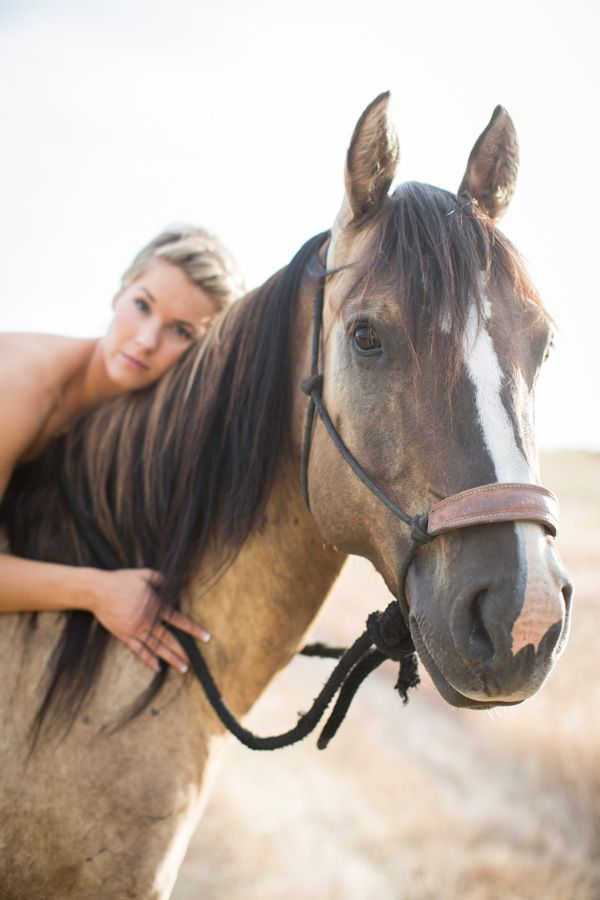 Walla Wedding Photography By Gigi Hickman Bride With Horse Day After