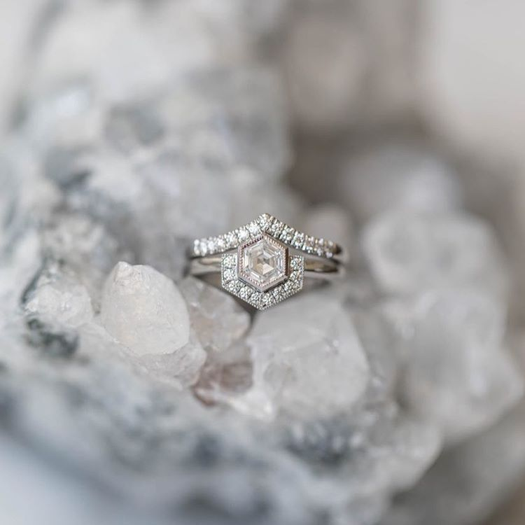 "Cushla Whiting (@cushlawhitingjewellery) på Instagram: ""CW ENGAGEMENT 