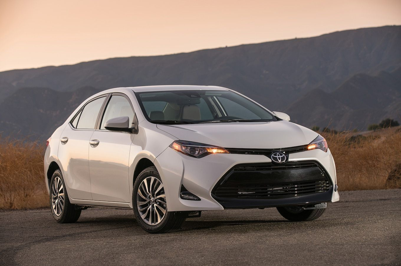 2018 Toyota Corolla Redesign And Price At Car Industry News Find Browse