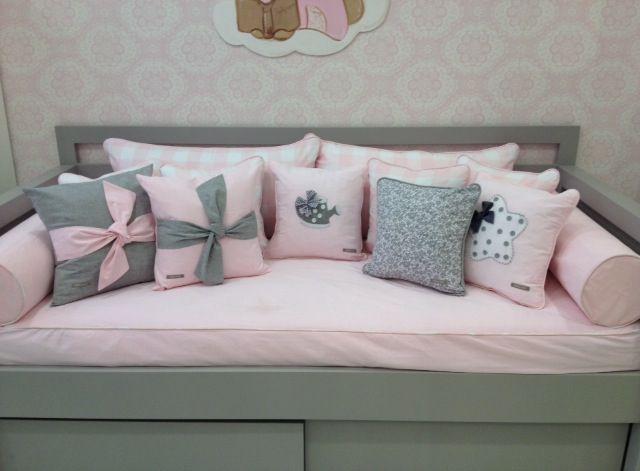 Cama recta gris con cajones almacenaje textil kit cama for Camas con almacenaje