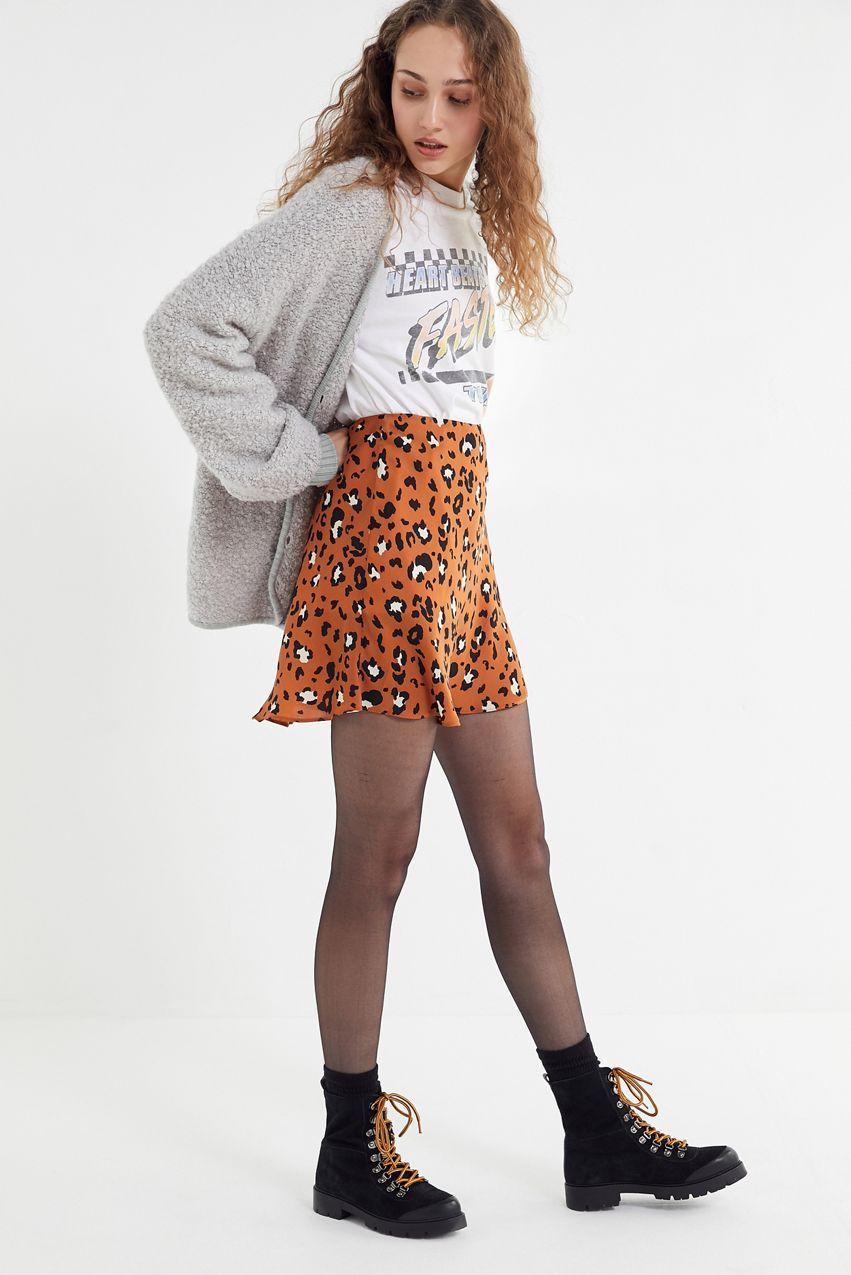 4b178c5e6724f Cool Outfits, Fashion Outfits, Womens Fashion, Boho Fashion, Leopard Print  Skirt,