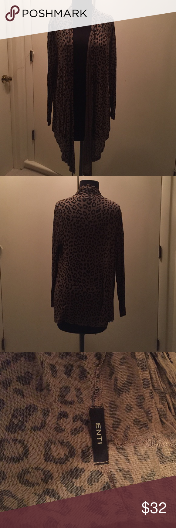 Enti Cheetah Sweater Adorable lightweight sweater. Make an offer! Enti Sweaters