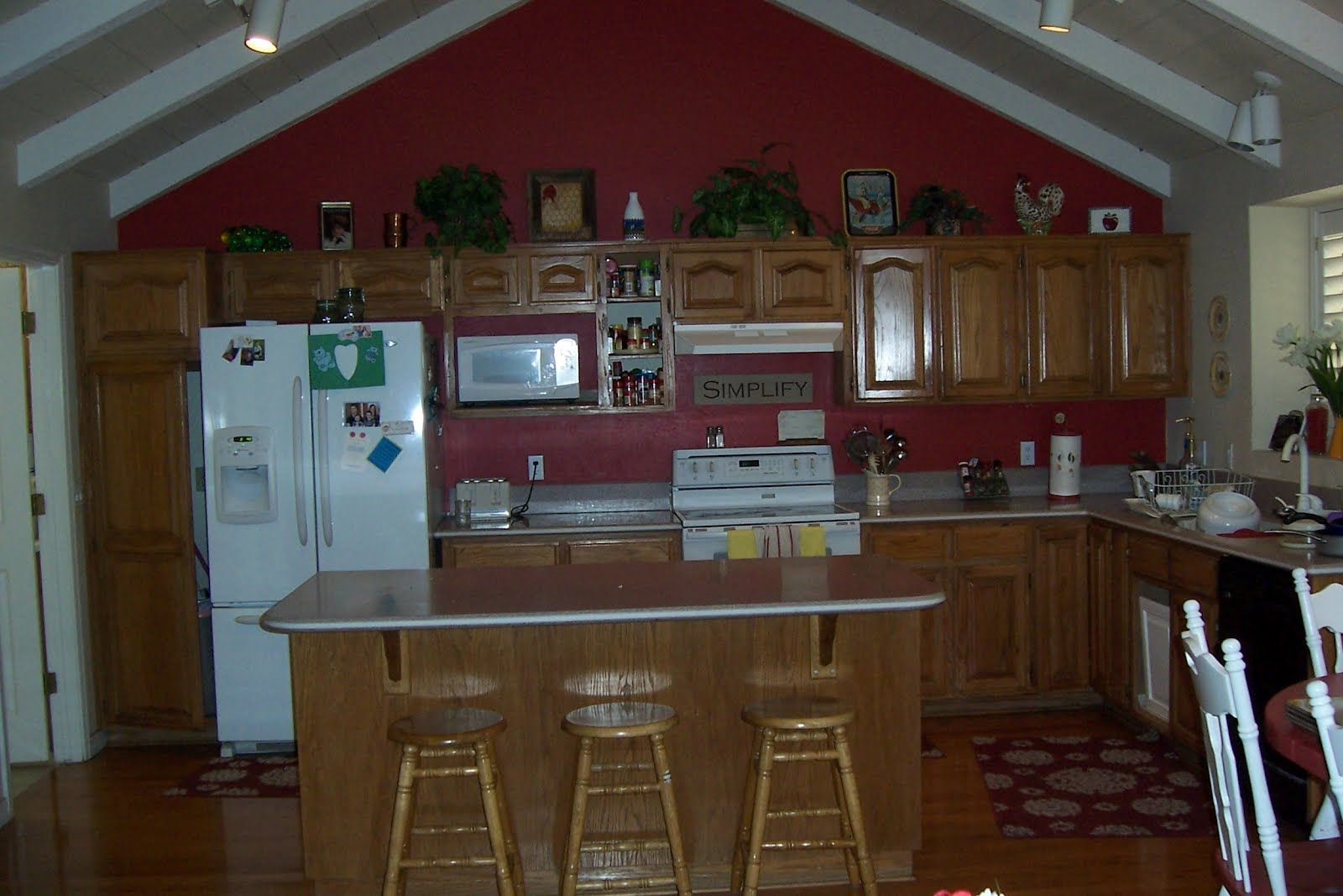 Oak Kitchen Cabinets With Red Walls Google Search Helpful Tips