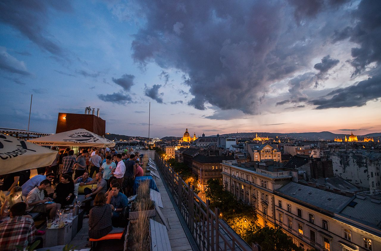 Europe S Best Rooftop Bars Budapest S 360 Bar Rooftop Bar Budapest Budapest Restaurant