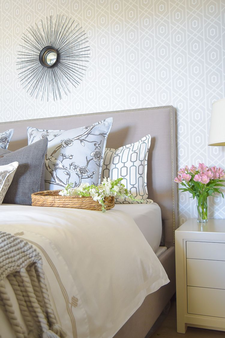 ZDesign At Home Spring Tour master bedroom spring updates snap dragons