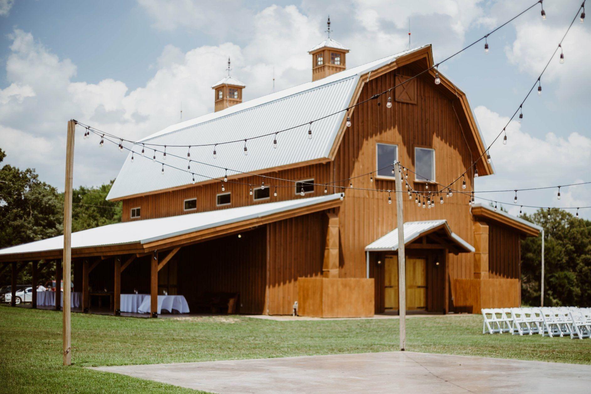 Blessing Barn Wedding Event Venue 80 Raines Cemetery Rd Humboldt Tn 38343 731 694 0865 Barn Venue Wedding Event Venues Venues