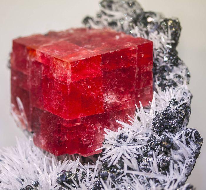 Os 25 minerais mais belos já vistos. Eles nem parecem ser da Terra # 17 Rodocrosita