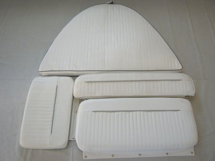 Boston Whaler Dauntless 13 Complete Cushion Set 495 Boats Pinterest Center Console
