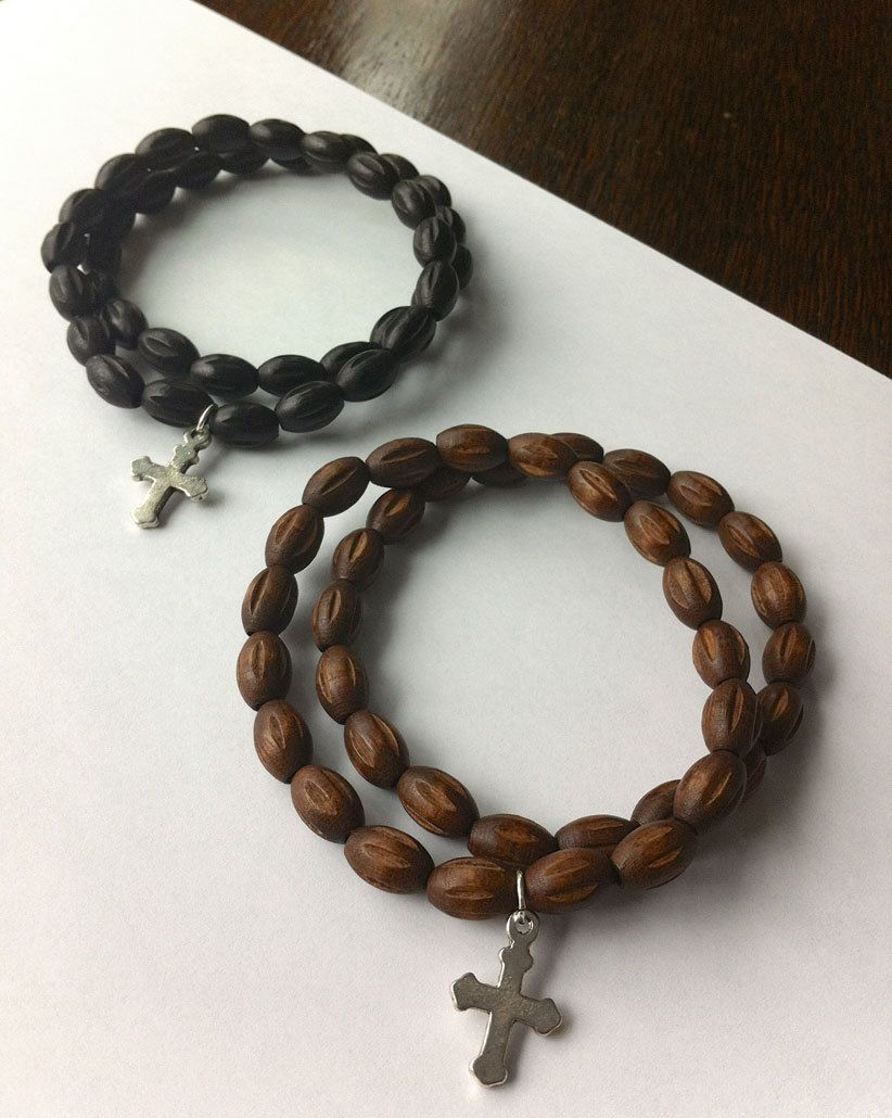 Handmade Men S Wooden Beaded Bracelet Trending For Spring