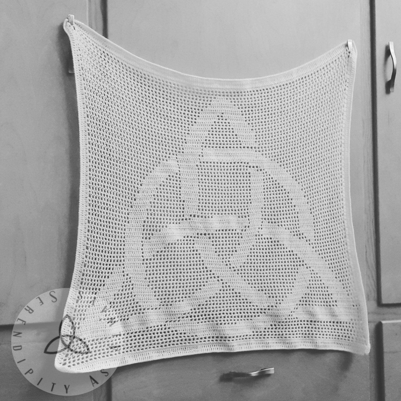 Crochet PATTERN | Celtic Knot Tapestry Pattern | Trinity Knot Altar ...