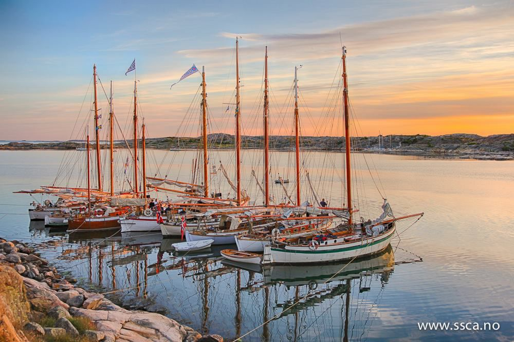 Båter fra SSCA ved en tidligere anledning i Näverkärrskilen. Foto: Martin Høy