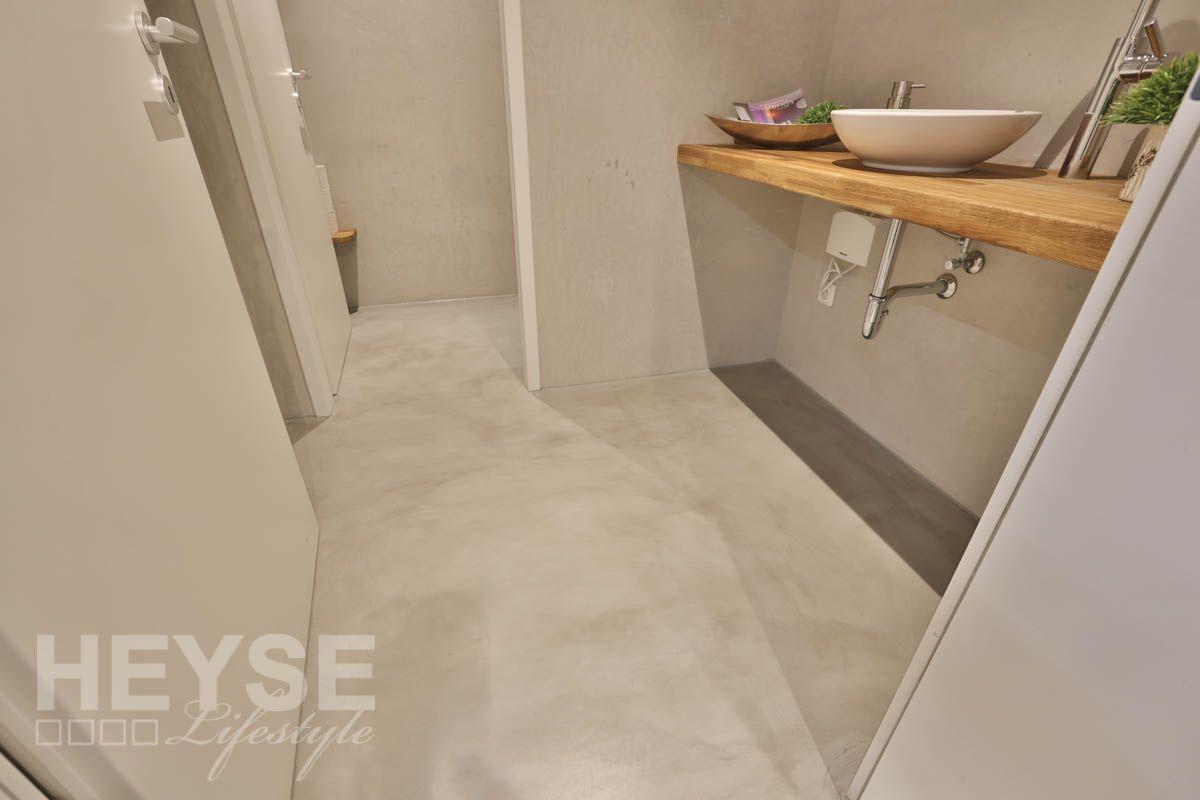 Fußboden Im Betonlook ~ Neues design für kunden wc´s u2013 puristisch und fugenlos im betonlook
