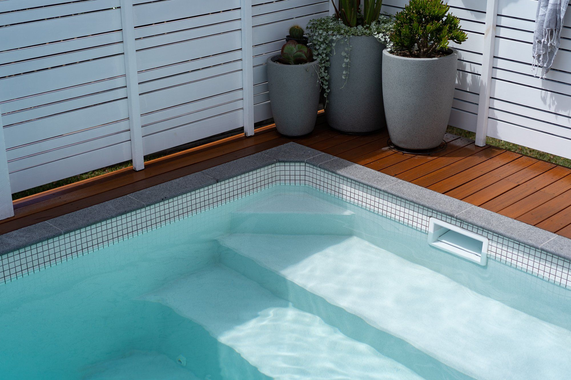 Gallery   Plungie in 20   Outdoor pool decor, Plunge pool, Pool ...