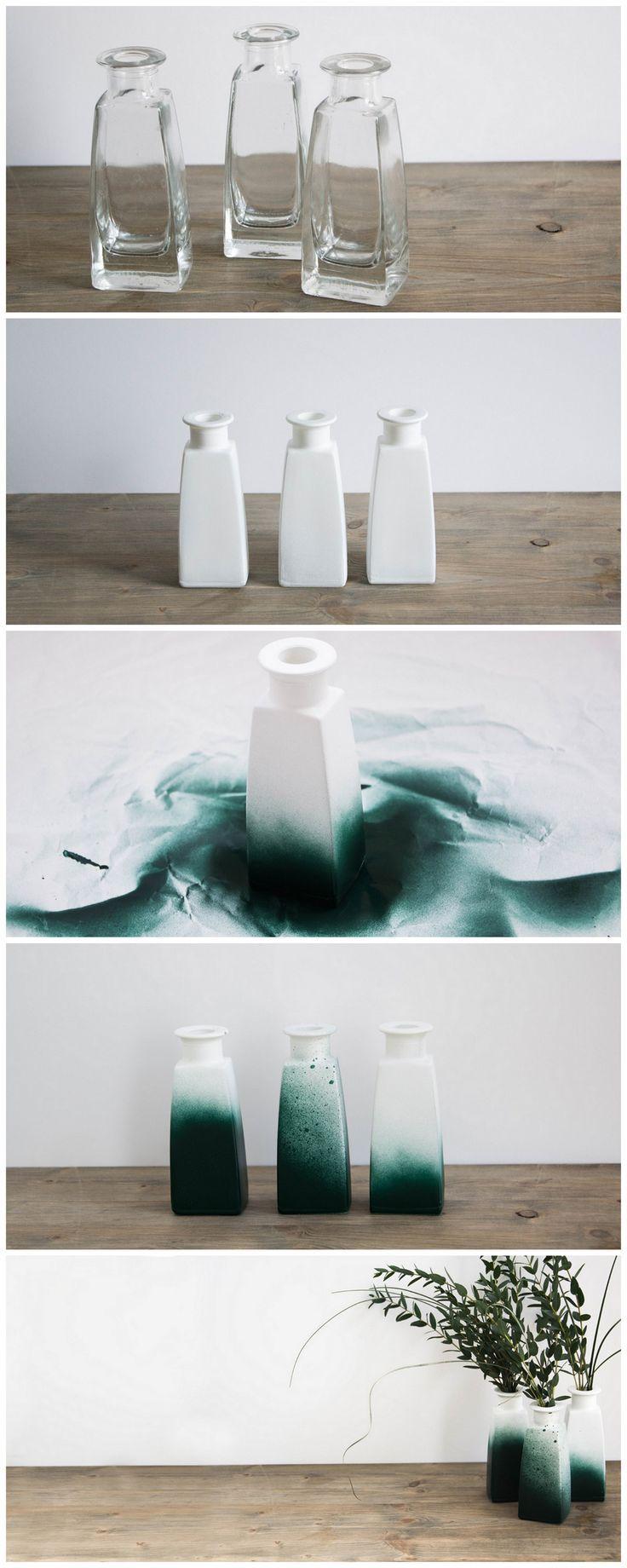 diy idee vasen upcycling mit gr ner spr hfarbe do it yourself idea flower diy deko. Black Bedroom Furniture Sets. Home Design Ideas