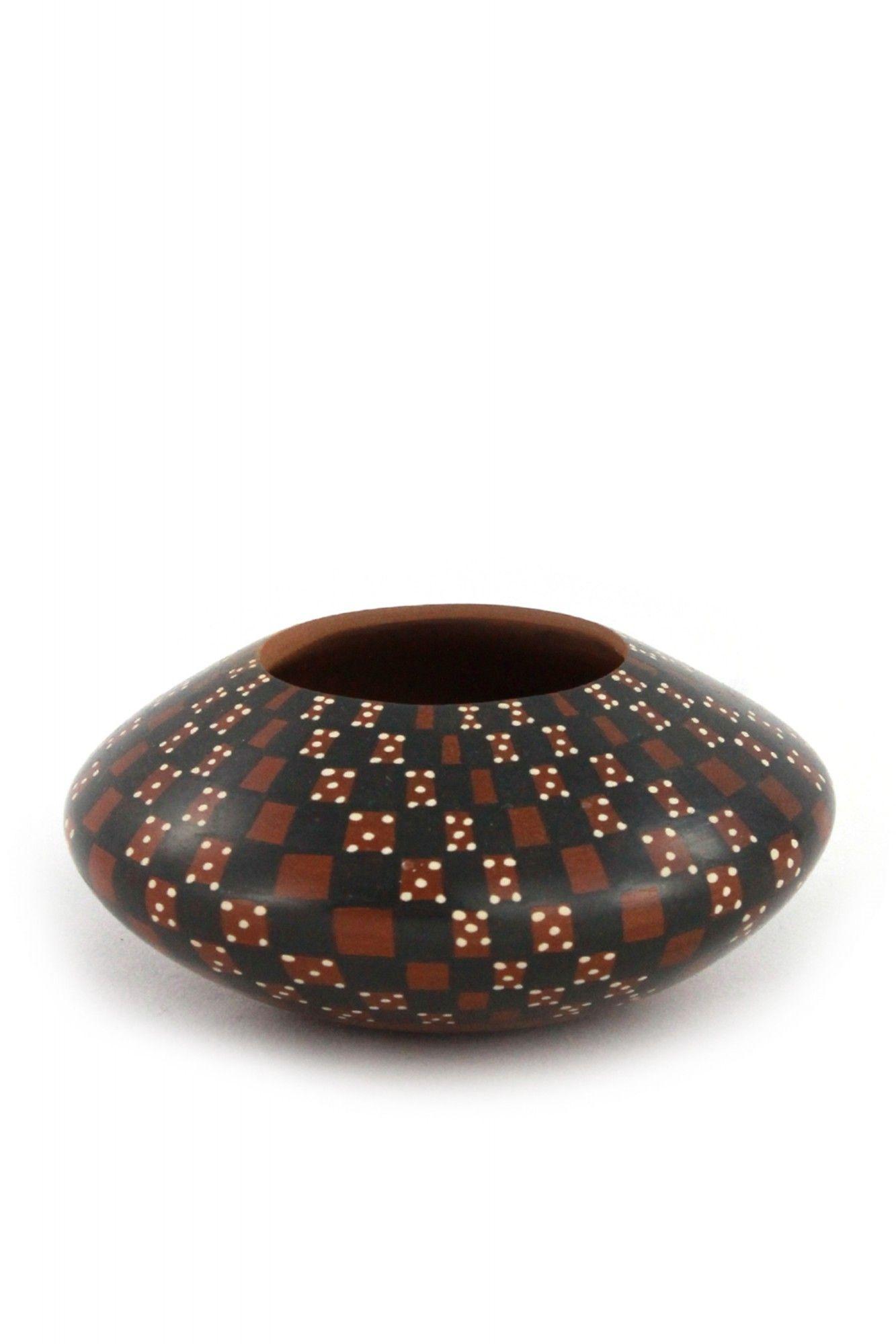 Rote flache Keramikvase im präkolumbianischen Stil mit runder Öffnung Keramik