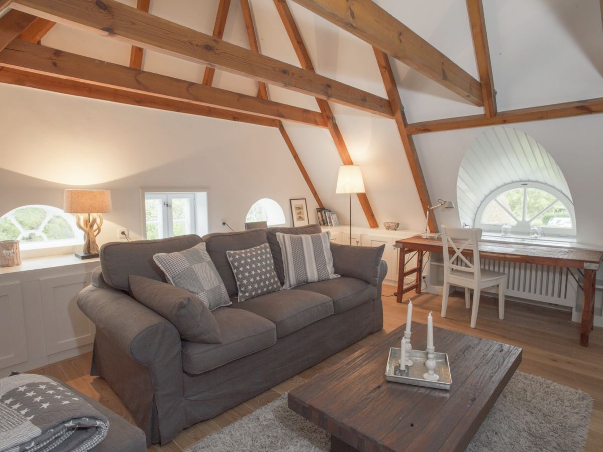friesen loft auf amrum reisen amrum ferienhaus. Black Bedroom Furniture Sets. Home Design Ideas