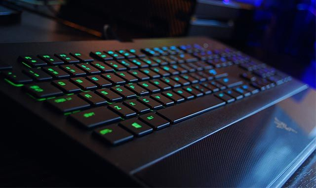 Razer-DeathStalker-Chroma | List Enthusiast | Computer