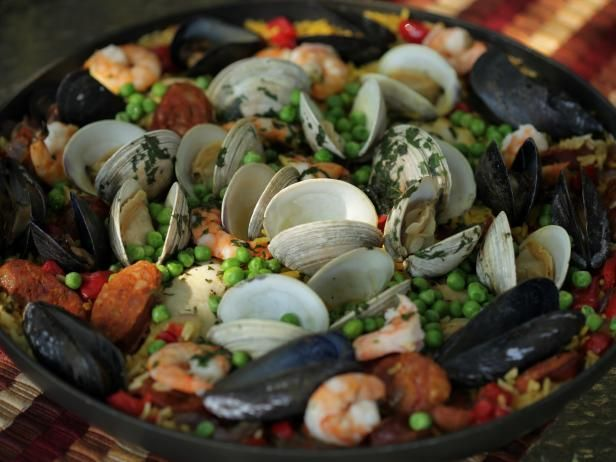 Vincents paella receta get vincents paella recipe from cooking channel forumfinder Gallery