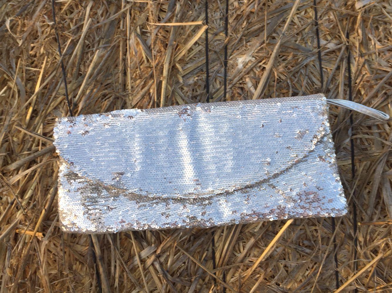 Cartera plata ••• Silver bag