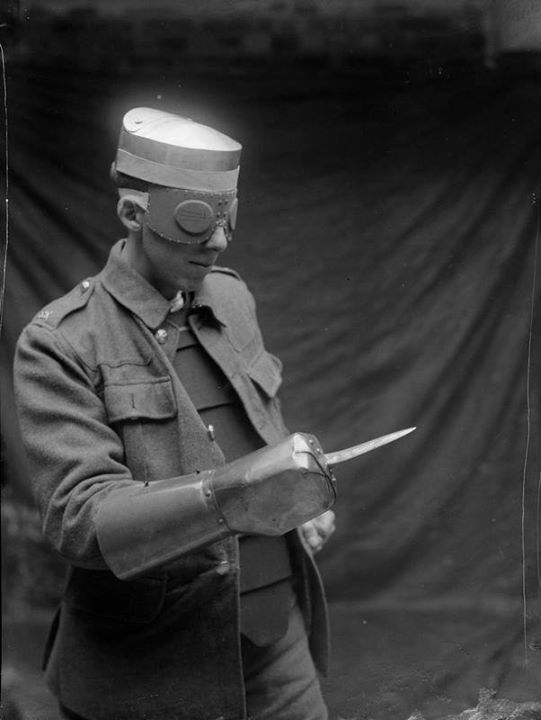 World War I personal armour including steel cap steel plate vest - küchenmöbel gebraucht berlin