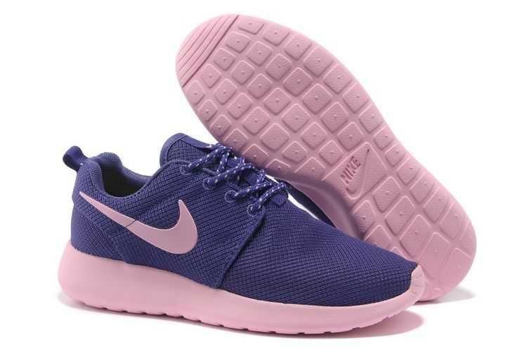Trainers - Nike Roshe Run Junior Womens Purple and Light Pink