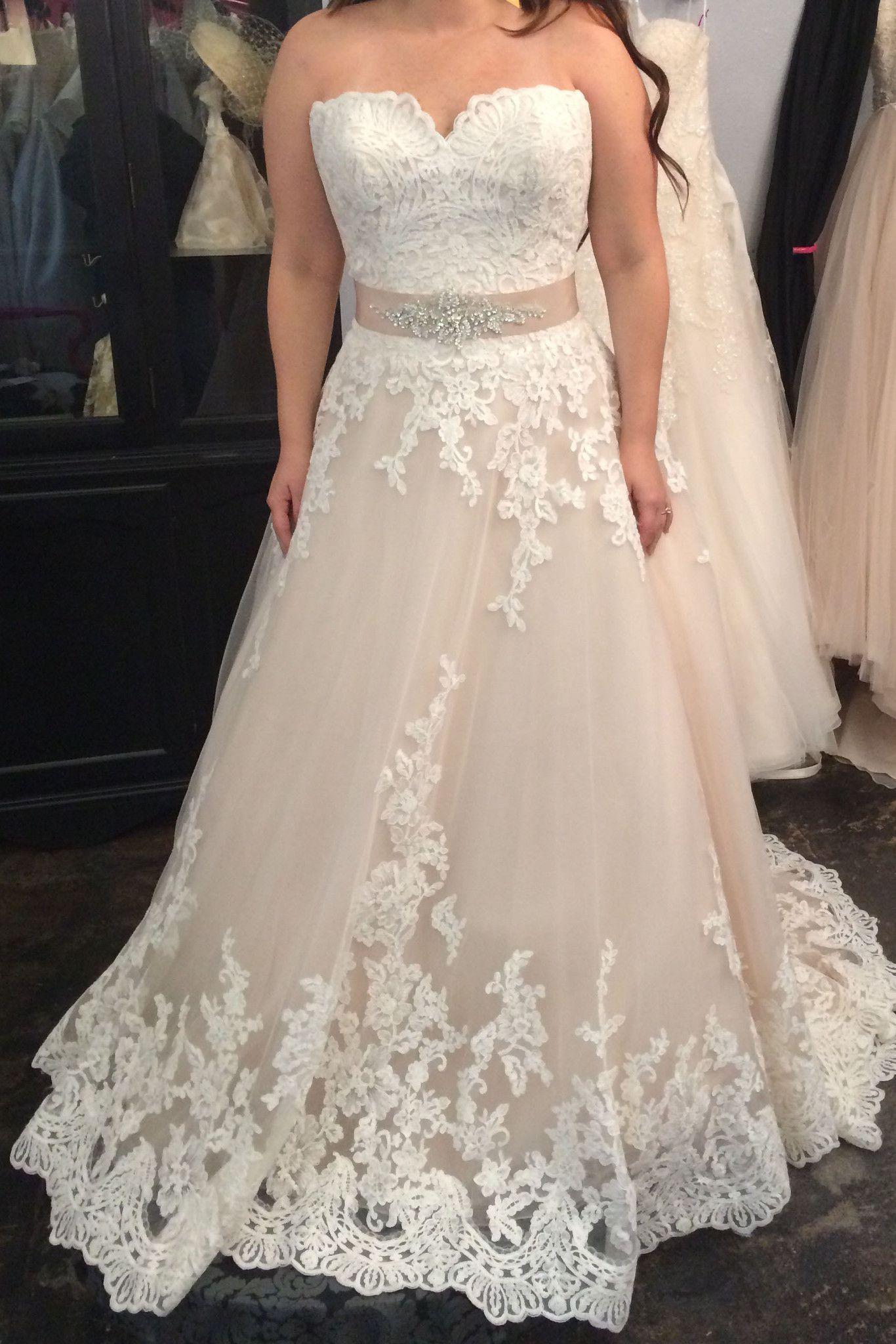 Wedding dresses on short brides    Satin wedding dresses Chapel train and Satin
