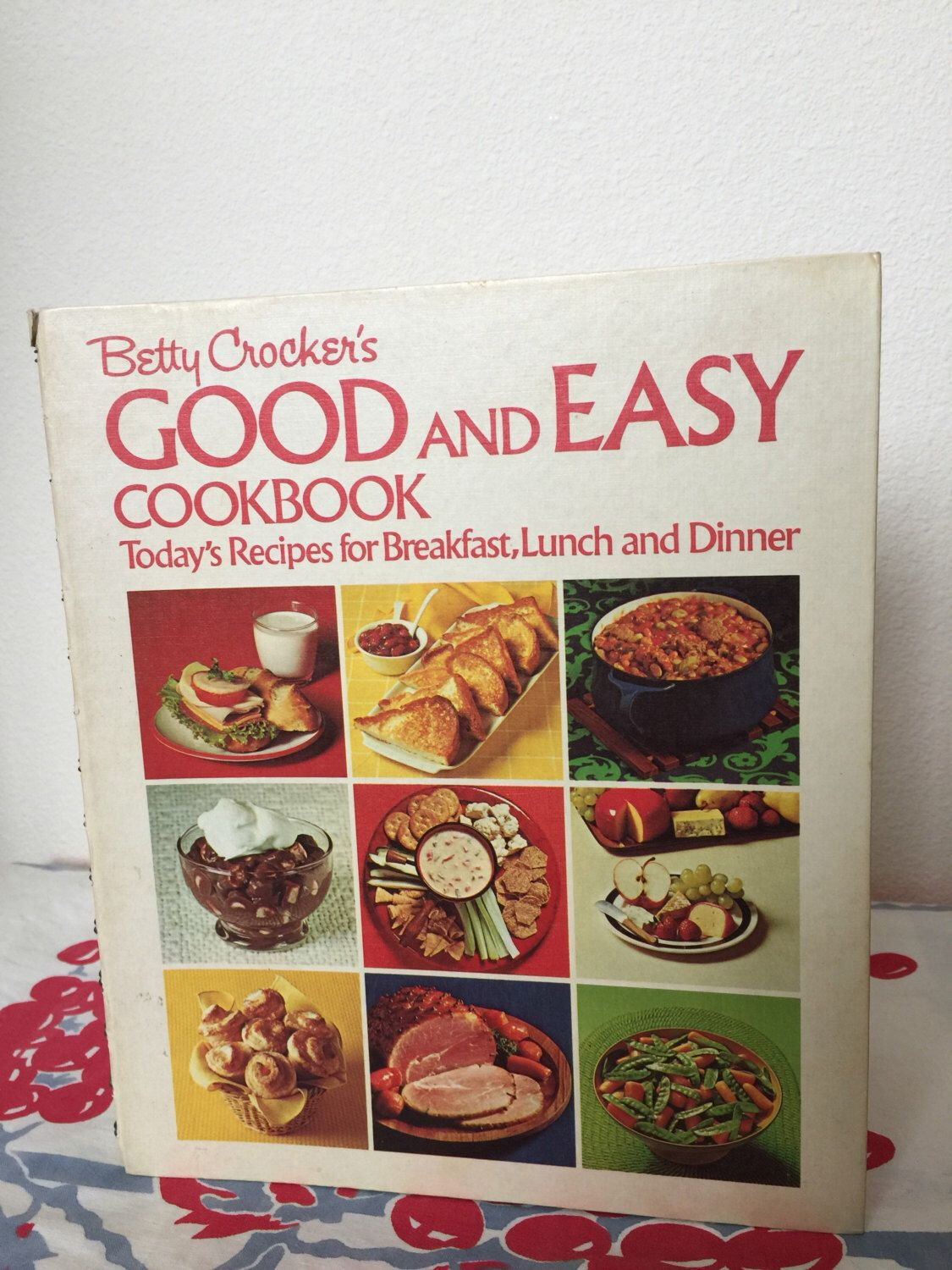 Betty Crocker's Good and Easy Cookbook, 1973 by GwendolynneMay on Etsy https://www.etsy.com/listing/504675059/betty-crockers-good-and-easy-cookbook